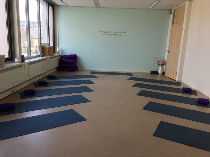 WIJ WEER OPEN voor Yoga & Therapie. Tevens ONLINE Lessen